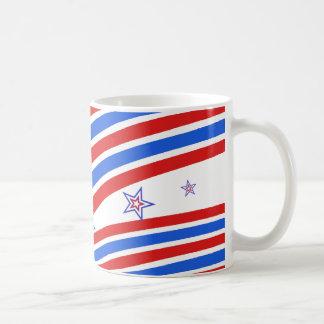 Rote weiße und blaue Streifen und Stern Tasse