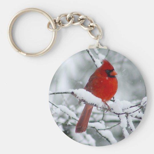 Roter Kardinal im Schnee Keychain Standard Runder Schlüsselanhänger