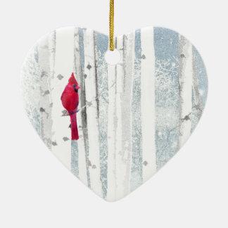 Roter Kardinals-Vogel im schönen schneebedeckten Keramik Ornament