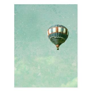 Roter weißer und blauer Heißluft-Ballon Postkarte