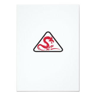 Rotes Drache-Silhouette-Dreieck Retro 11,4 X 15,9 Cm Einladungskarte