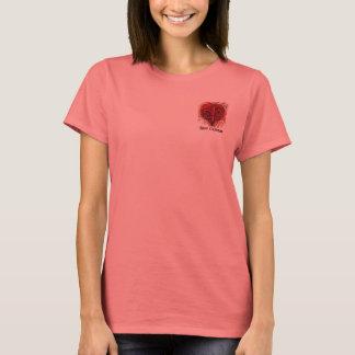 Rotes Lilien-Herz-Taschen-Entwurfs-Shirt T-Shirt