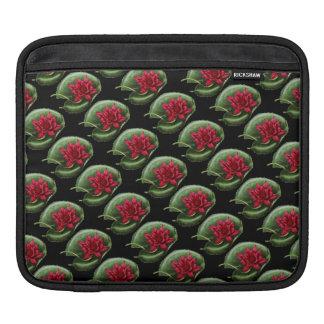 Rotes Wasser-Lilie iPad Sleeve