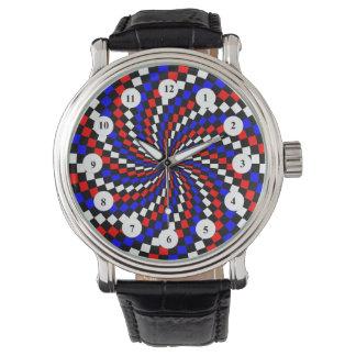 Rotes weißes blaues Schachbrett (klassisch) durch Armbanduhr