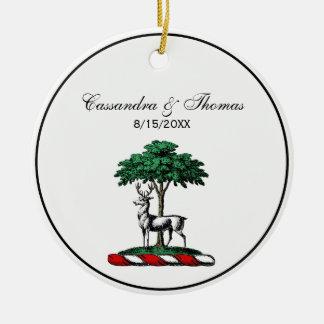 Rotwild-Hirsch durch Baum-heraldisches Keramik Ornament