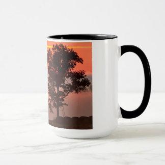 Rotwild-Stand am Sonnenaufgang Tasse
