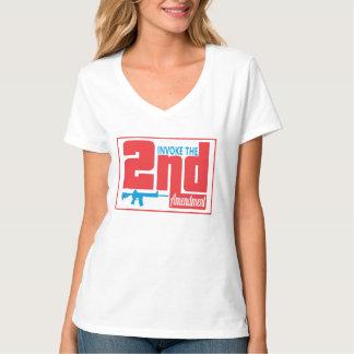 Rufen Sie das 2., der Hanes der Frauen Nano-V-Hals T-Shirt