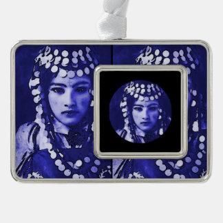 Rumänisches Sinti und Roma im blauen Headdress Rahmen-Ornament Silber