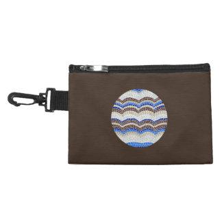 Rundes blaues Mosaik-Klipp auf zusätzlicher Tasche