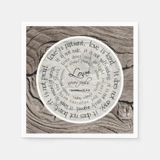 Rustikale hölzerne Liebe ist geduldige Papierserviette