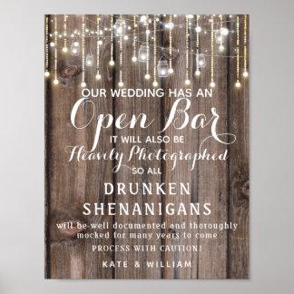Rustikale Schnur der Lichter öffnen das Bar, das Poster