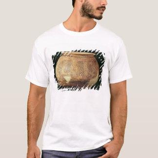 Rütteln Sie mit geometrischer Dekoration in der T-Shirt