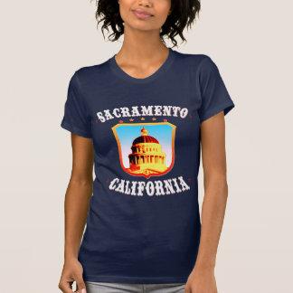 Sacramento-Dunkelheits-T-Shirts T-Shirt