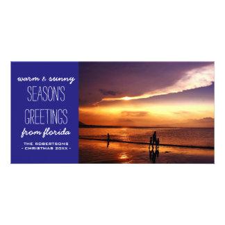 Salutations de Noël de bleu royal de la plage Photocarte