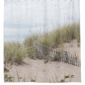 Sanddünen und Strandzaun Duschvorhang