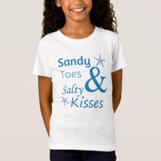 Sandy-Zehen und salziges Kuss-Strand-Leben-Zitat T-Shirt