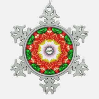 SARA ~ personalisiertes Schneeflocken Zinn-Ornament