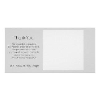 Schablonen-Beileid danken Ihnen - addieren Sie Personalisierte Photo Karte