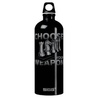 Schach-Spiel wählen Ihre Waffe Wasserflasche