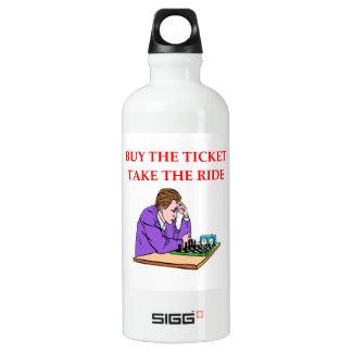 Schach Wasserflaschen