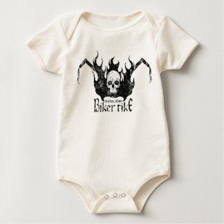Schädel in den Flammen auf Dreirad Baby Strampler