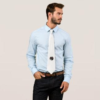 Schaffen Sie Ihre eigene kundenspezifische Krawatte
