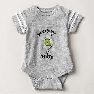 Schaltjahr-Baby-Miniatur-Frosch Baby Strampler