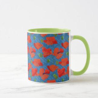 Scharlachrot Feld-Mohnblumen-auf blauem Muster Tasse