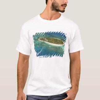 Schatz-Inselresort und Boot, Fidschi T-Shirt