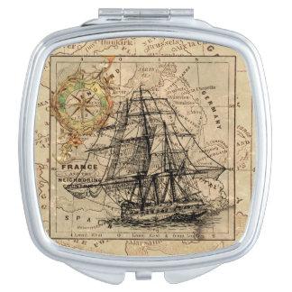 Schiff und Karte Schminkspiegel