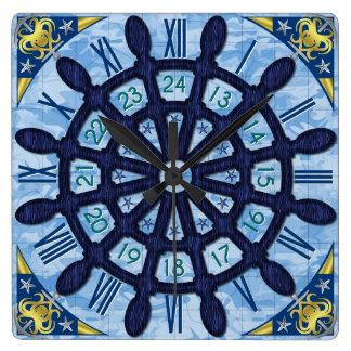 Schiffs-Helm-hölzernes Rad-blaues Seesegeln-alte Quadratische Wanduhr