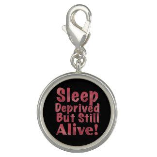 Schlaf beraubt aber noch lebendig in der Himbeere Charms