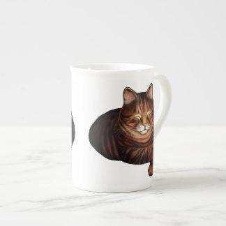 Schlafenbrown Tabby-Katzen-Knochen-China-Tasse Prozellantasse