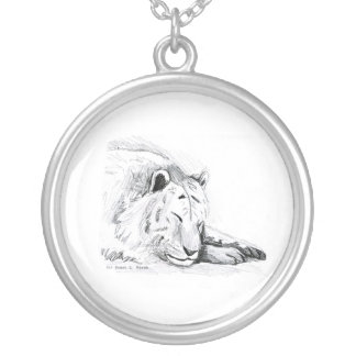 Schlafender weißer Tigerkopf und -tatzen zeichnen Versilberte Kette