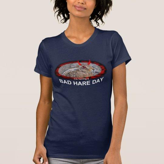 Schlechtes Hase-Tagest-stück (für dunkle Farben) T-Shirt