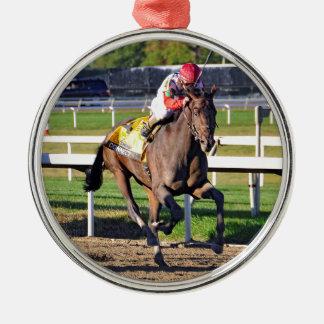 Schließen Sie, Pennslyvania Derby Sieger an Silbernes Ornament