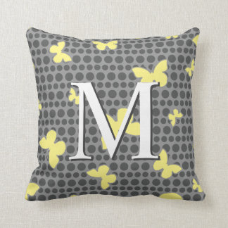 Schmetterlings-Monogramm-Muster-Pillen-Grau + Gelb Zierkissen