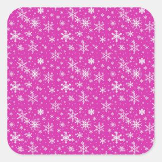 Schnee blättert im Rosa und im Weiß ab Quadratischer Aufkleber