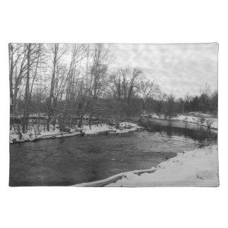 Schnee-Schönheits-James RiverGrayscale Stofftischset