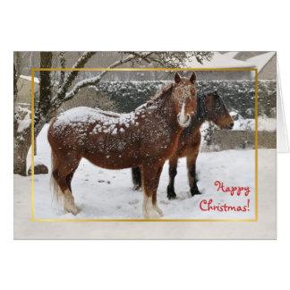 Schnee umfaßte Pferdweihnachten Karte