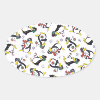 Schneeflocke-u. Pinguin-Aufkleber Ovaler Aufkleber