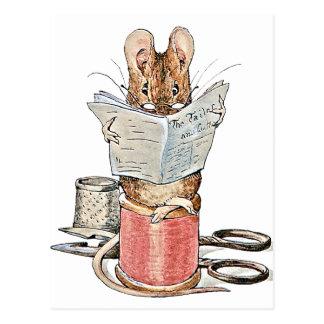 Schneider-Maus auf Spule des Fadens Postkarte