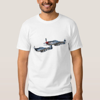 Schnelles Silber der Mustang-P-51 u. bezaubernde Shirts