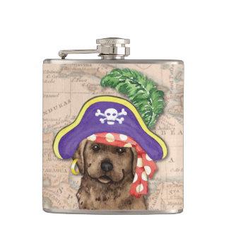 Schokoladen-Labrador-Pirat Flachmann