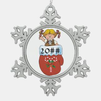 Schokoladenkuchen-Handschuh-Blondine Schneeflocken Zinn-Ornament