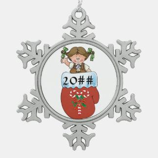 Schokoladenkuchen-Handschuh brünett Schneeflocken Zinn-Ornament