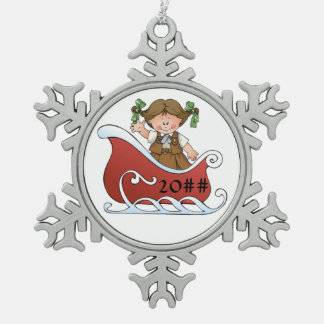 Schokoladenkuchen-Pfadfinder-Schlitten brünett Schneeflocken Zinn-Ornament