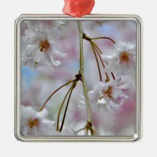 Schöne Blüten Silbernes Ornament
