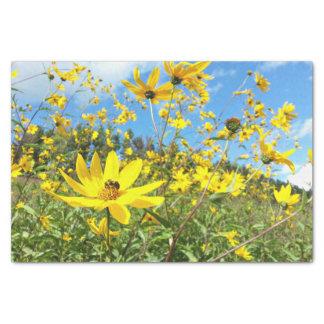 Schöne gelbe Wildblumen Seidenpapier