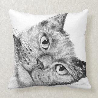 Schöne ursprüngliche Katze, die Throwkissen Kissen